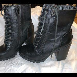 Soda black heeled combat boots size 7